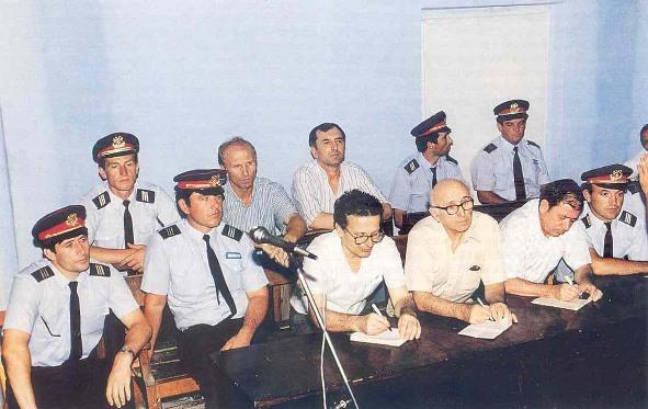 Δικαζόμαστε, μόνο και μόνο γιατί είμαστε Έλληνες - 20 χρόνια από την έναρξη της δίκης παρωδίας των Τιράνων
