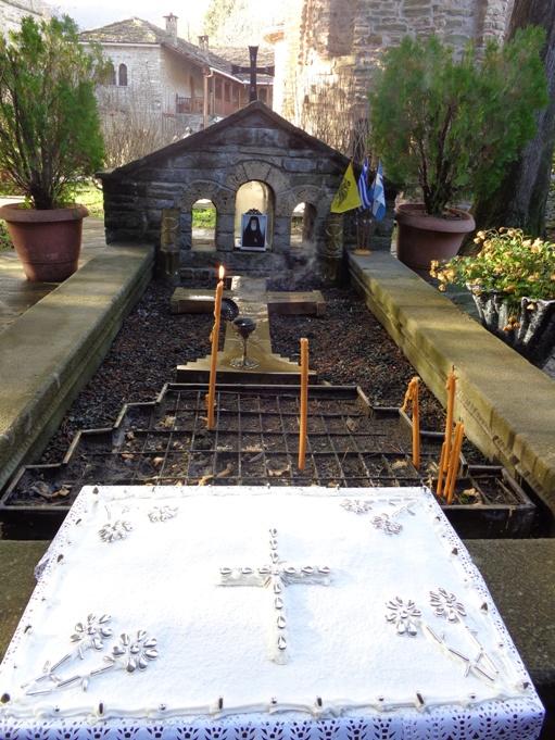 Τρισάγιο στον τάφο του Σεβαστιανού από τη ΣΦΕΒΑ