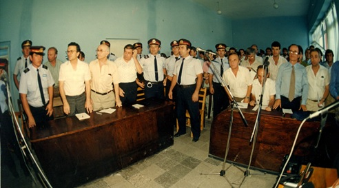 25 χρόνια από την αποφυλάκιση των πέντε της Ομόνοιας: τα μηνύματα είναι ακόμα νωπά